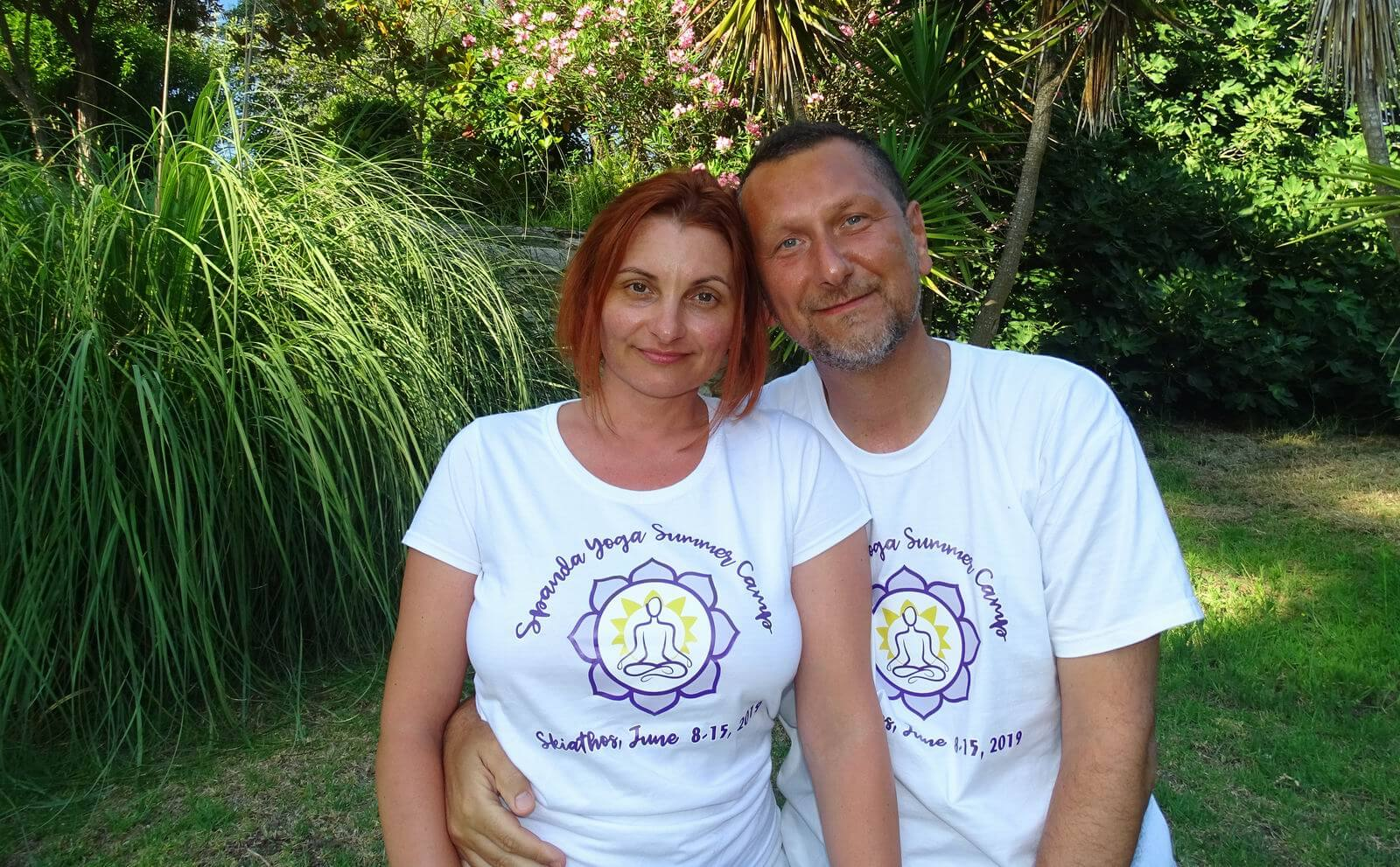 Dan Oros & Simona Darabant - Yoga Teachers